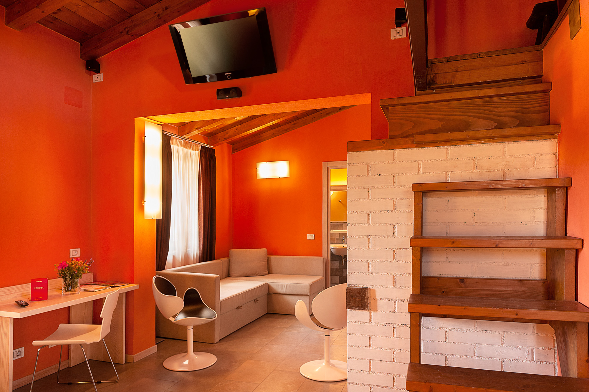 Tesla's-junior-suite-4-agriturismo-umbria-per